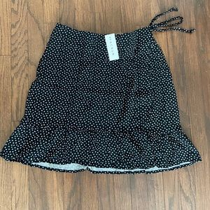 PacSun Black and white floral wrap skirt